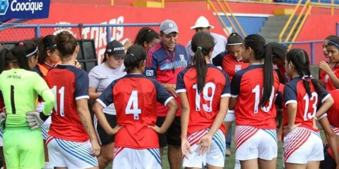 San Carlos, fútbol femenino: Un semillero para el deporte nacional   Radio  Santa Clara